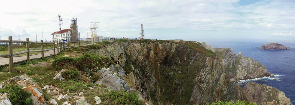 Panorámica del Cabo Peñas y su Faro